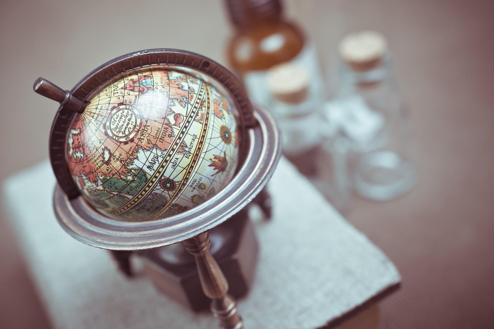 トータル・ワールド・ストックETFをイメージした地球儀